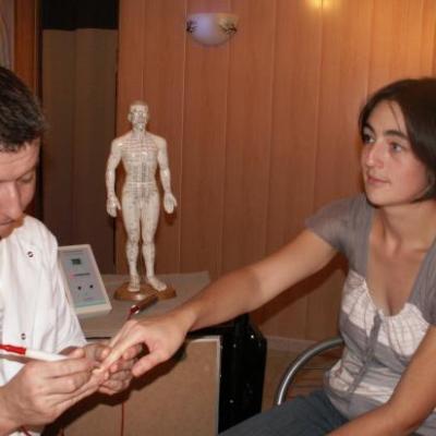 séance Acmos,naturopathie,  iridologie, aurathérapie